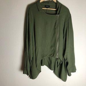 Torrid asymmetrical rayon zip up jacket size 4X